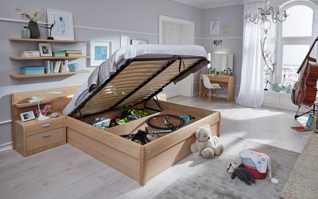 Некоторые кровати снабжены подъемным механизмом
