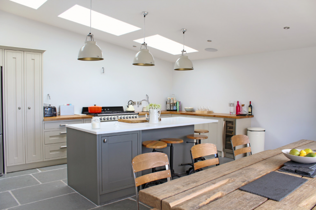 Световые панели в интерьере кухни