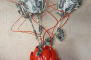 Фото 18 Топиарий из денег: пошаговые мастер-классы по созданию денежного чуда своими руками
