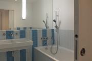 Фото 9 Северный минимализм: 60+ стильных интерьеров ванной и туалета в скандинавском стиле