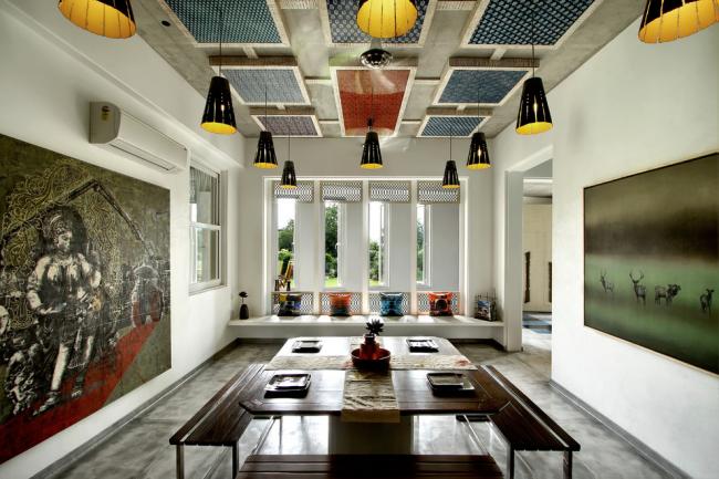 Цветные панели с узором для декора потолка