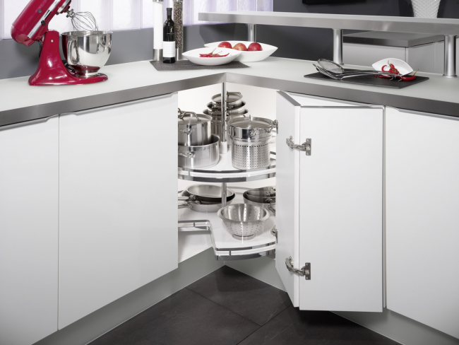Карусель прекрасно справляется с задачей правильной расстановки посуды