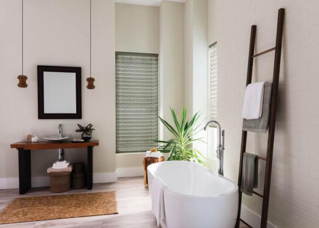 Для установки в ванной комнате требуется специальная обработка материала