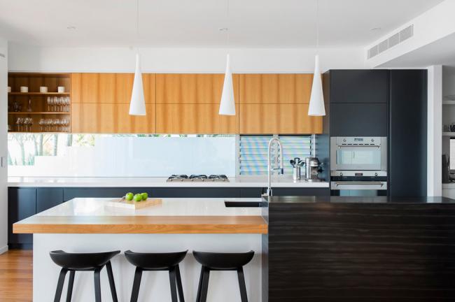 Эксклюзивный проект гарнитура для просторной кухни