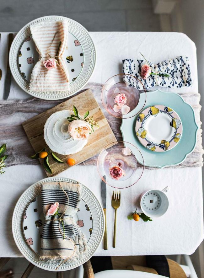 Необычные форма и орнамент посуды помогут подчеркнуть вашу индивидуальность