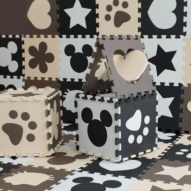 Замки краев плиток достаточно жесткие, чтобы из них можно было делать также и игрушки: большие кубы, вигвамы и домики