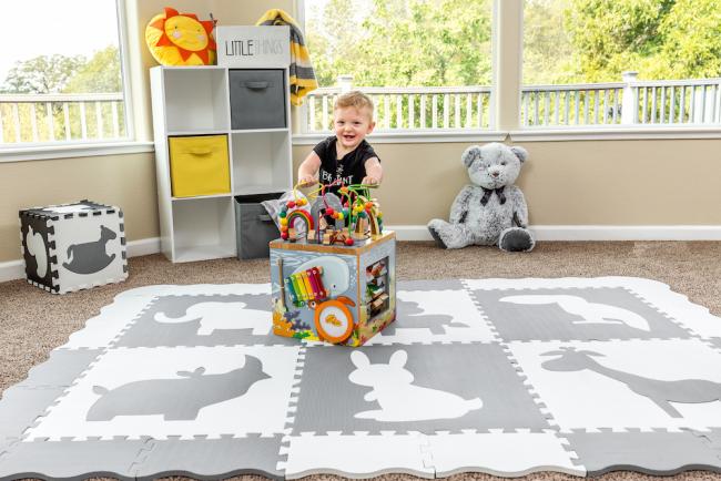 Современный и удобный для игр коврик