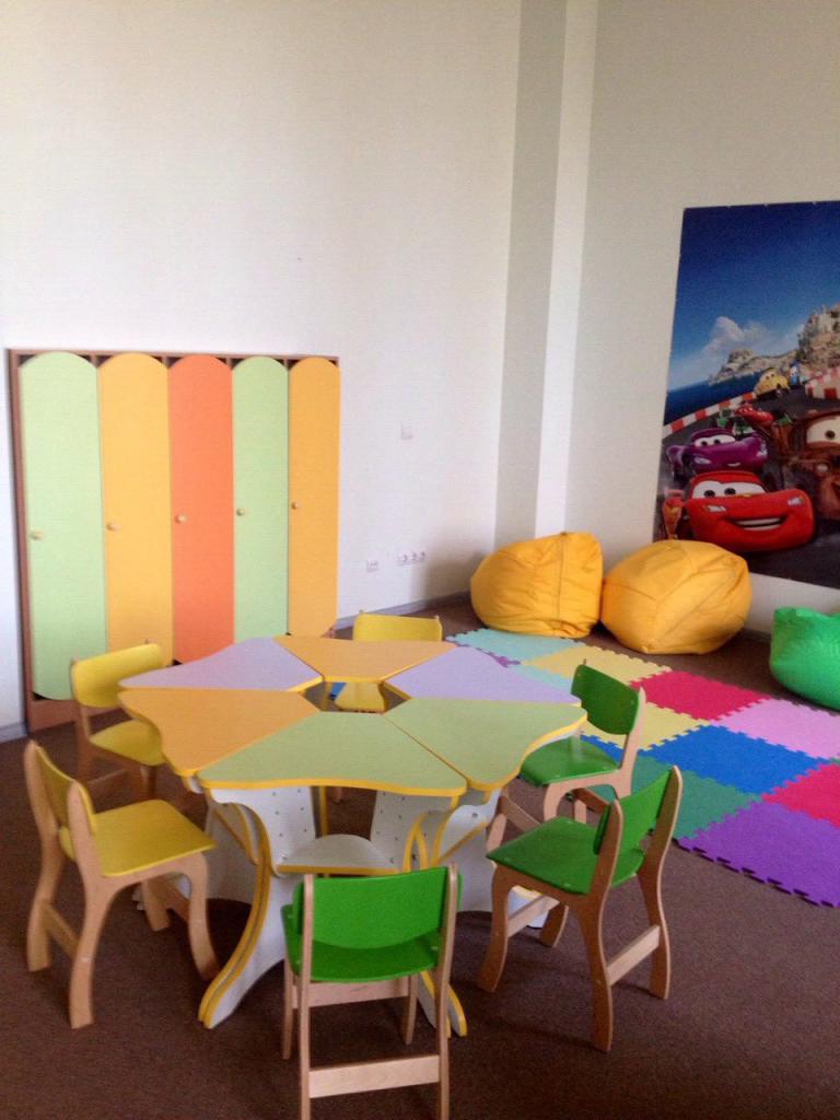 Обзор мягкого пола для детских комнат – безопасное и комфортное покрытие для ваших детей