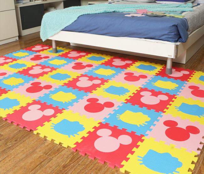 Плитка ЭВА в спальне родителей тоже пригодится