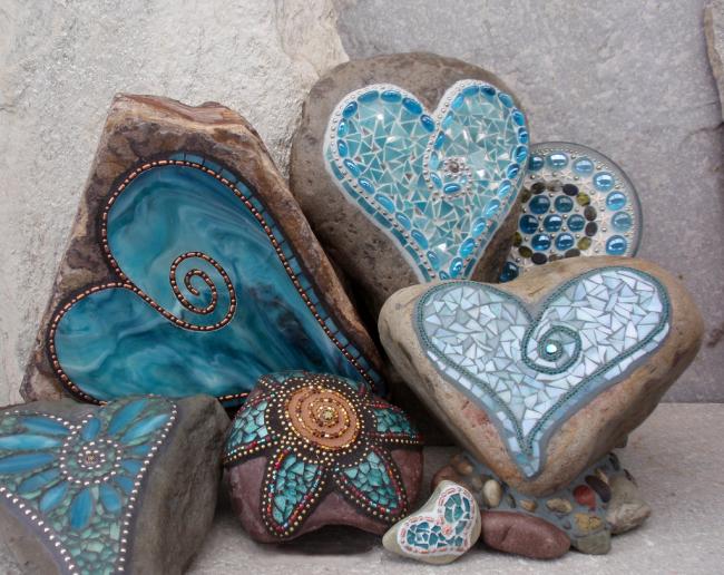 Мозаика в восточном стиле на камнях