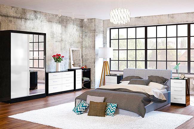 Черной-белый шкаф-купе с зеркальной дверцей - отлично решение для спальной комнаты в скандинавском стиле