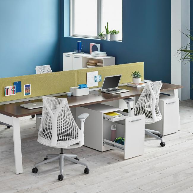 Оригинальные ортопедические кресла отлично смотрятся в современном офисе