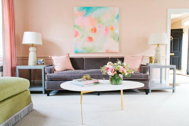 Особое внимание при декорировании помещения стоит обратить на выбор оттенков