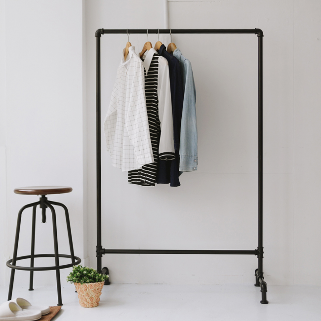 Современный взгляд на вешалку для верхней одежды