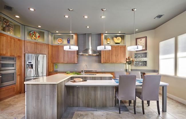 Современные производители предлагают широкий выбор угловых холодильников, которые позволяют полностью использовать самое неудобное место на вашей кухне — угол