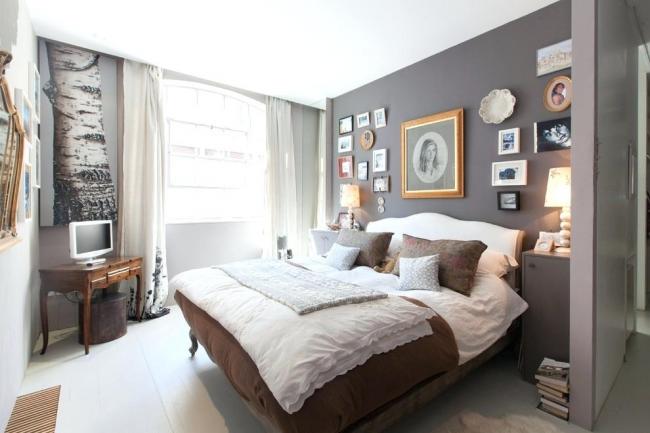 Компактная спальня с интерьером в стиле современная классика