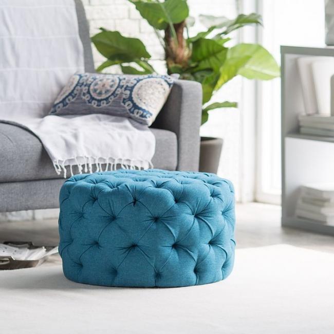 Еще одно традиционное применение оттоманки — место для сиденья