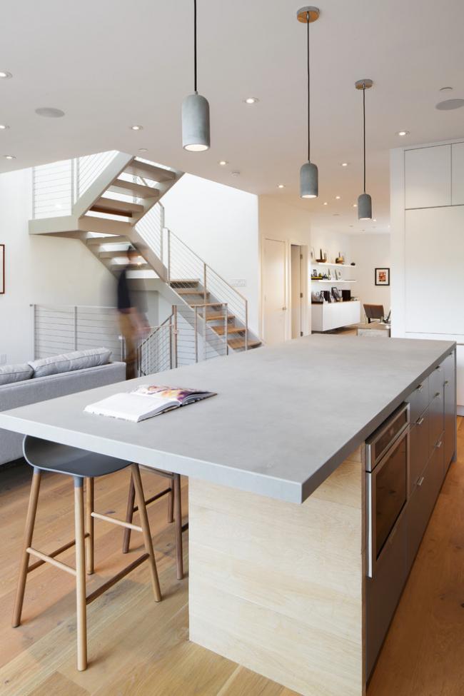 Столешница из бетона может иметь и глянцевую поверхность, и матовую