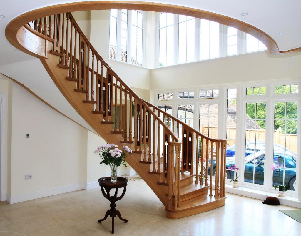 Деревянные лестницы в частном доме (Проекты; Фото; Где купить? )