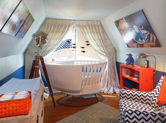Оригинальная детская спальня с кроватью-катером