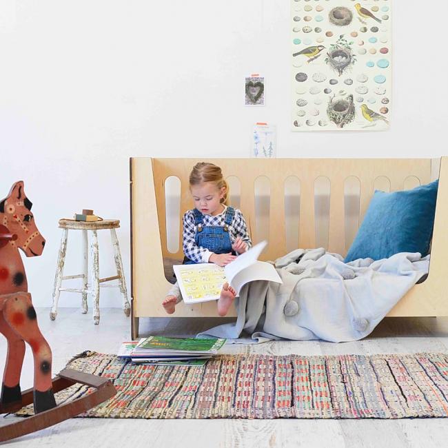 Интерьер детской комнаты в стиле шебби-шик