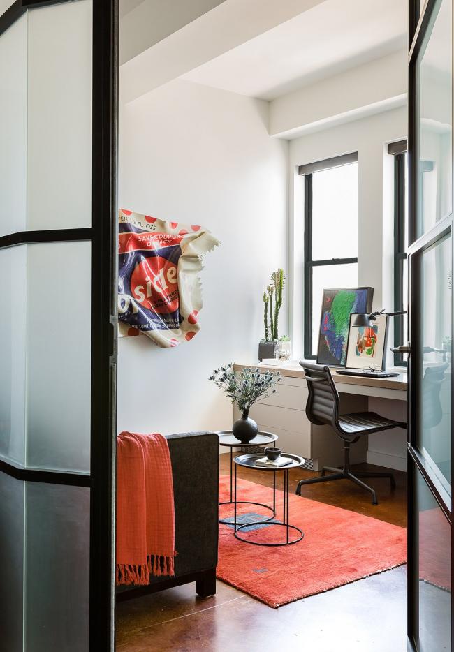 Интерьер кабинета в стиле поп-арт