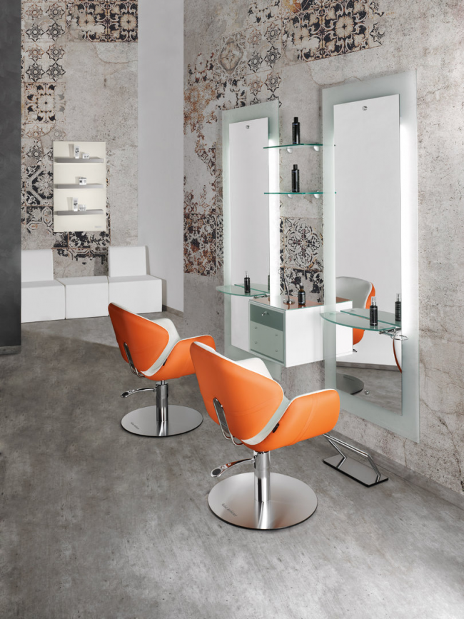 Яркие кресла помогут сделать интерьер более контрастным