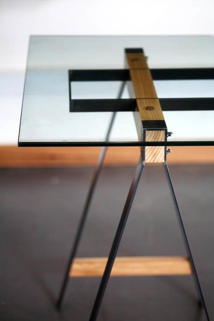 Стеклянный журнальный столик 100 изящных идей для гостиной ()
