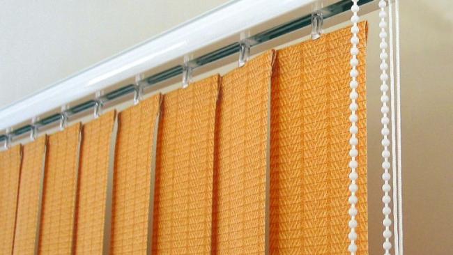 Вертикальные тканевые жалюзи- идеальное оформление окна для любого помещения
