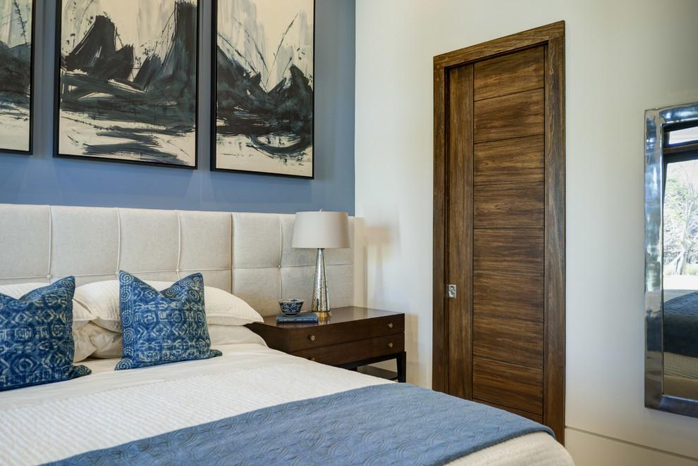Межкомнатная дверь с ярко выраженной текстурой дерева