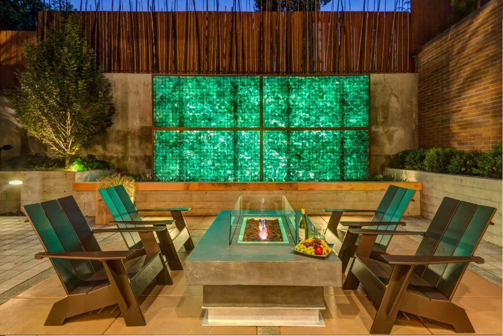 Современный экстерьерный дизайн предполагает использование габионов в декоративных целях