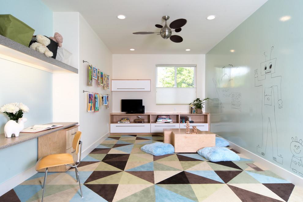 Красивая и очень просторная детская комната