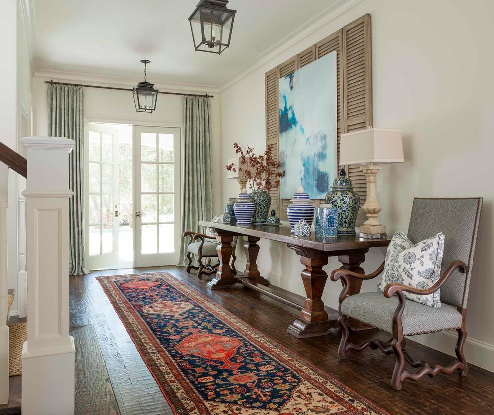 Мебель из натурального дерева прекрасно впишется в интерьер в стиле прованс