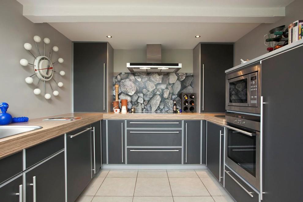 Красивая кухня в серых тонах