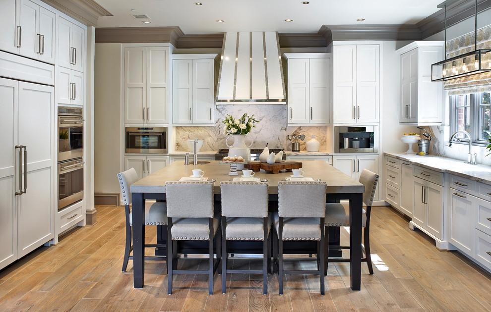 Классический стиль в интерьере просторной кухни