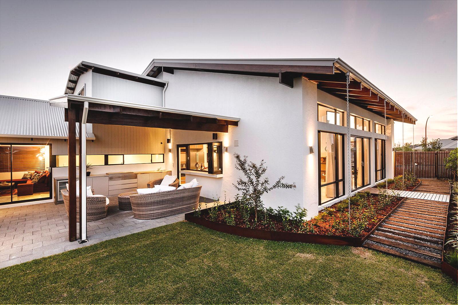 Одноэтажный дом можно сделать более оригинальным по дизайну за счет минимального количества несущих стен