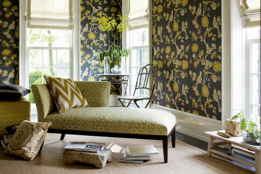 Современные производители делают все, чтобы их мебель была практичной и приносила только удовольствие владельцу. Например, композиционные составы тканей делают их легко чистящимися, устойчивыми к растягиванию и истиранию