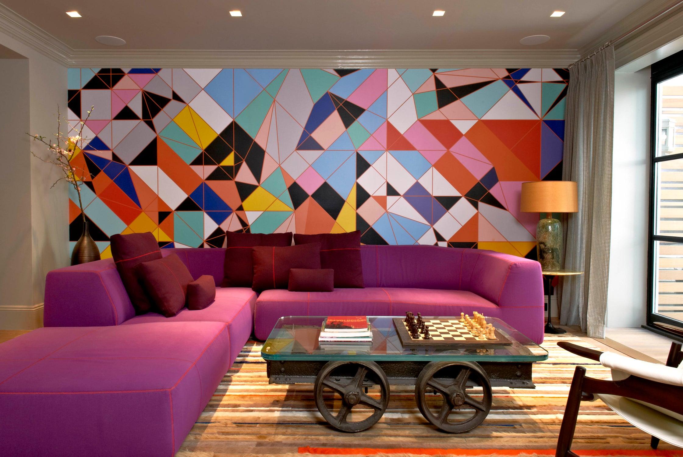 Популярная модель дивана от итальянского дизайнера Паолы Навоне, которая выглядит совершенно по-разному в разных цветах обивки