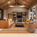 Цвет охра в интерьере (95+ идей): создаем утонченный дизайн квартиры в янтарно-медовой гамме фото