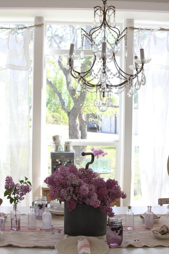 70 лучших фото Кованые люстры : Строгая изысканность в стильном интерьере