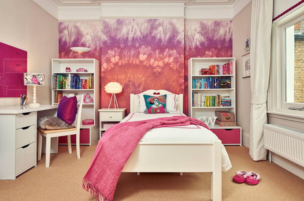 Розовые элементы прекрасно впишутся в интерьер комнаты для девочки