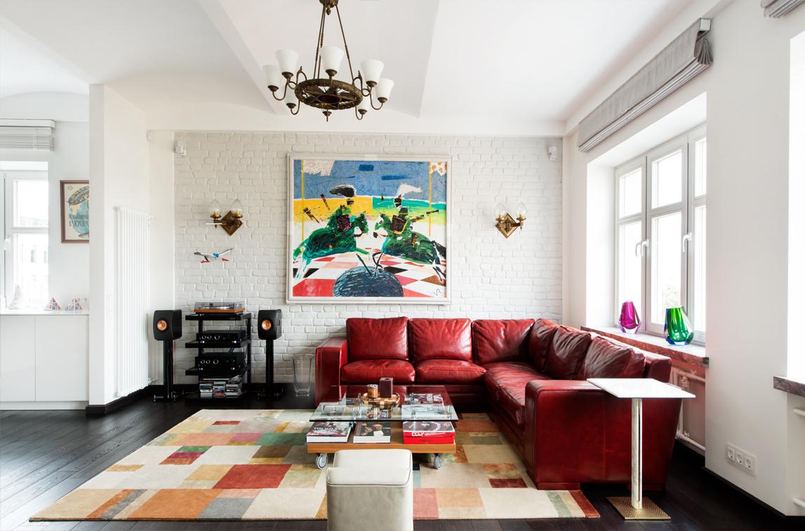 Неоклассика: стиль в интерьере белой гостиной