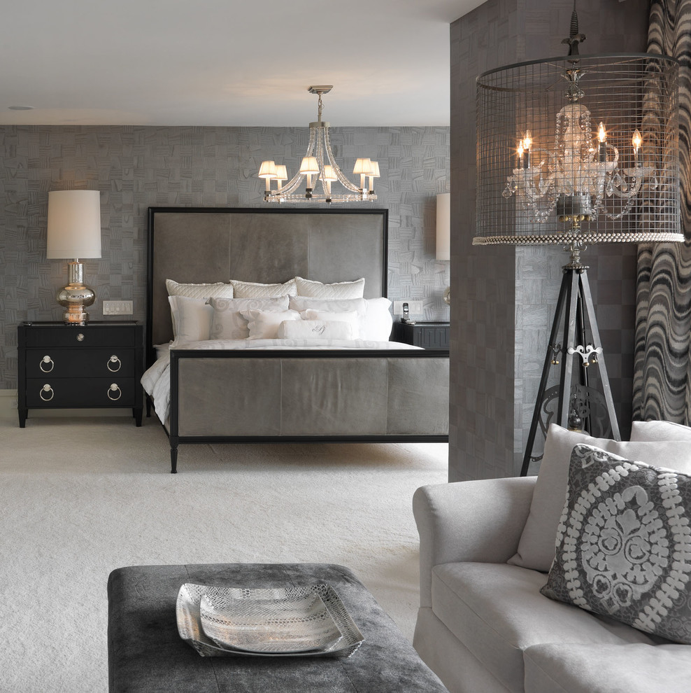 Серый цвет в интерьере просторной спальни