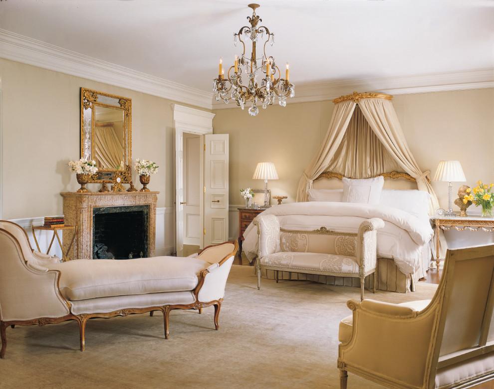 Позолоченные элементы декора придадут чувство роскоши вашему интерьеру