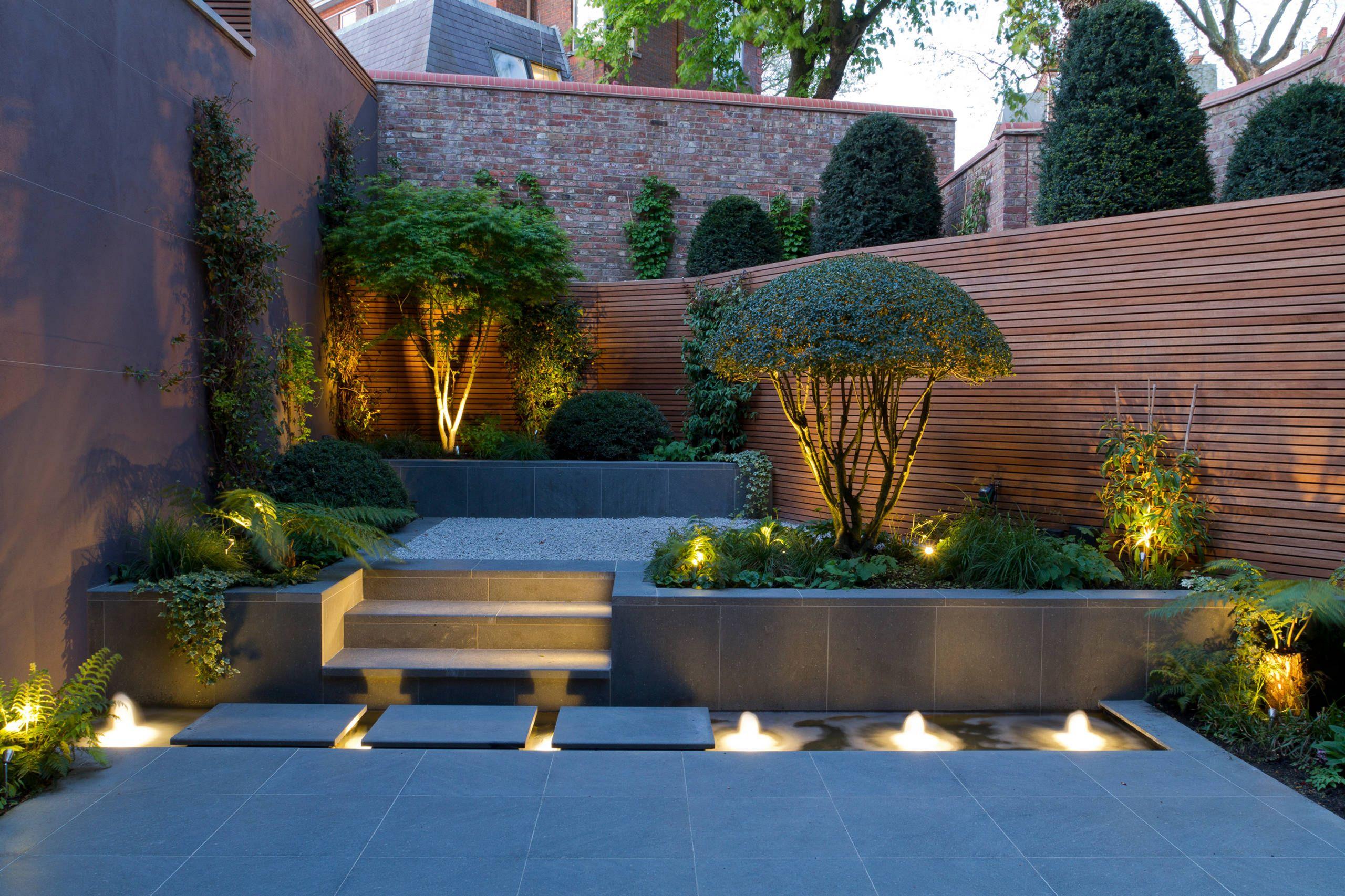 Интересное решение углового сада в современном видении