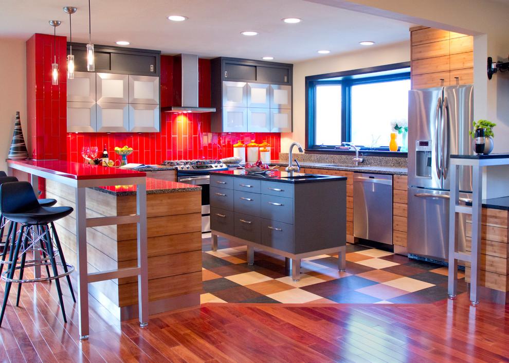 Антискользящий линолеум идеально подойдет для кухни