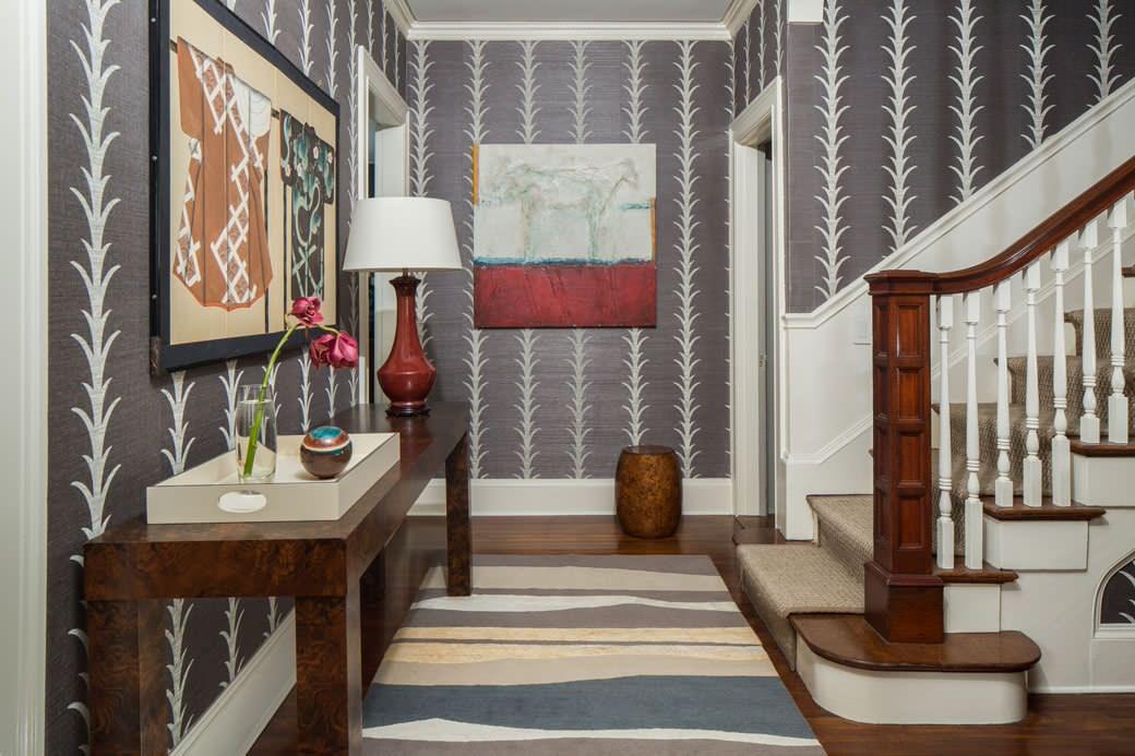 Стиль классика в дизайне прихожей частного дома