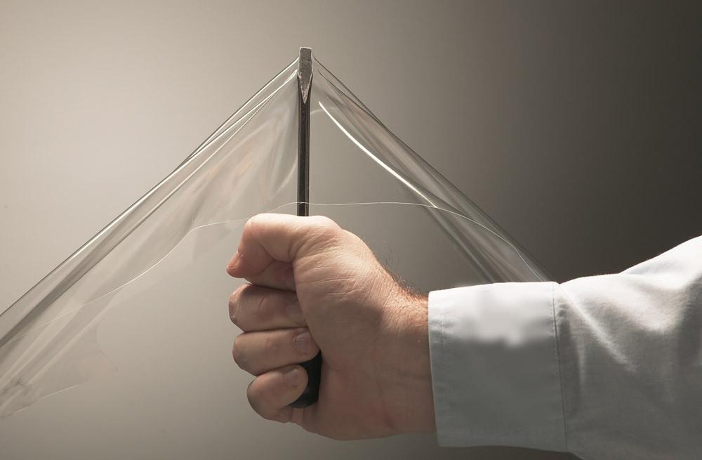 Маленький вес и большая прочность - основные достоинства гибких окон