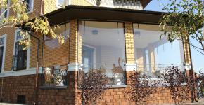 Прозрачные шторы для беседок и веранд (100+ фото): комфорт на даче круглый год и обзор наиболее изящных идей для декора фото