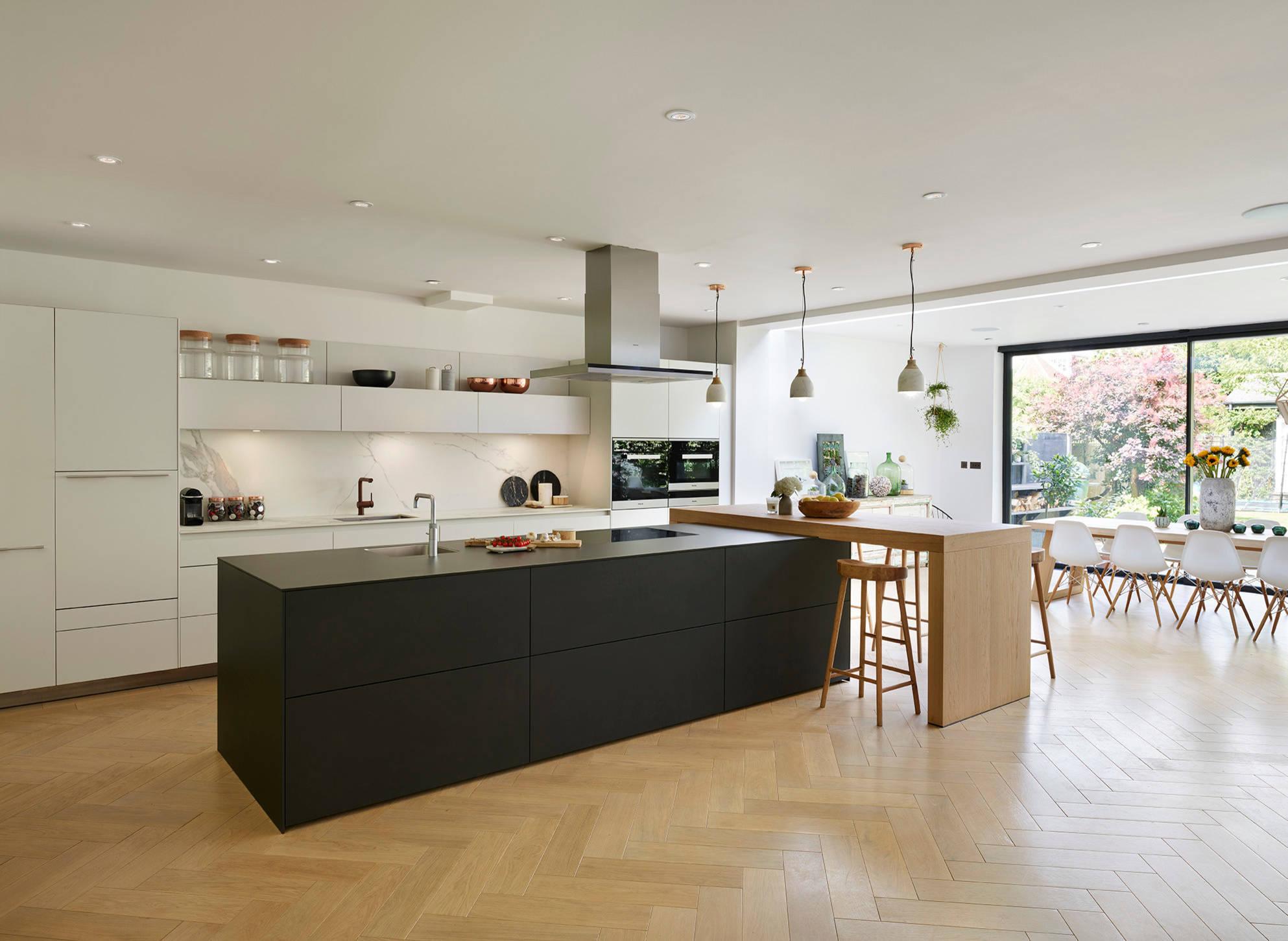 Гармонично подобранный плинтус в каждом участке –залог качественного декора помещения